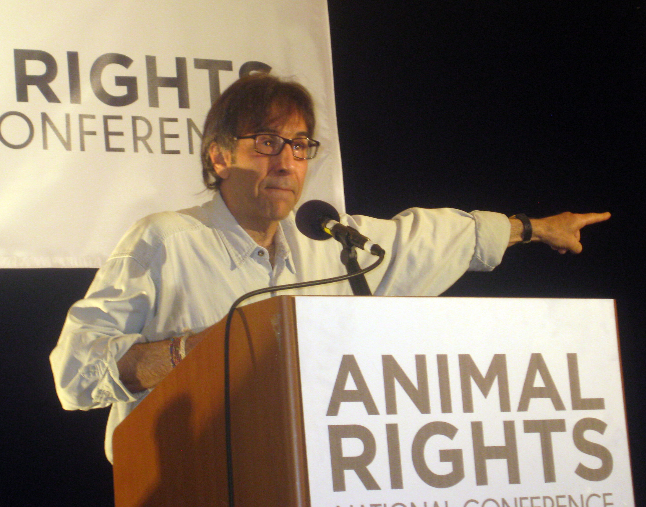 argument for animal rights Here is an article with some ideas why animal rights should matter, what their considering results in and the arguments supporting animal rights.